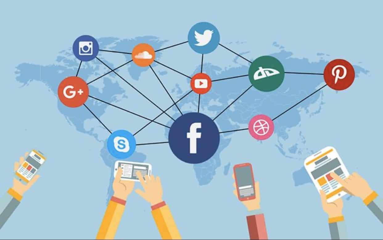 social midea content moderation