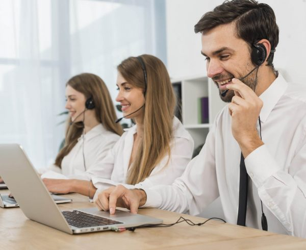 how to outsource customer service Customer service outsourcing Live chat support agents. Customer service outsourcing. Live chat agents