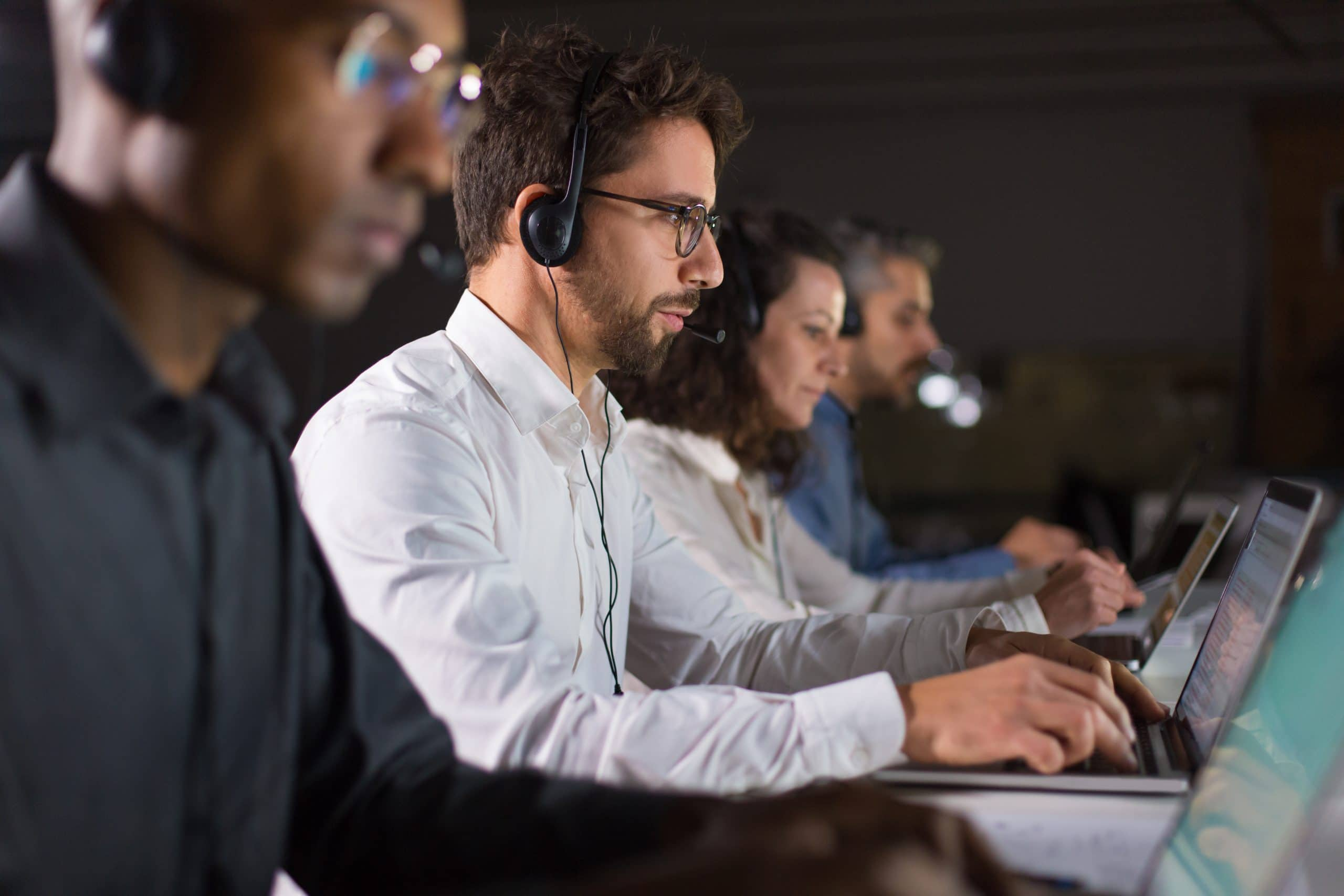Multilingual Call Center Services Outsourcing