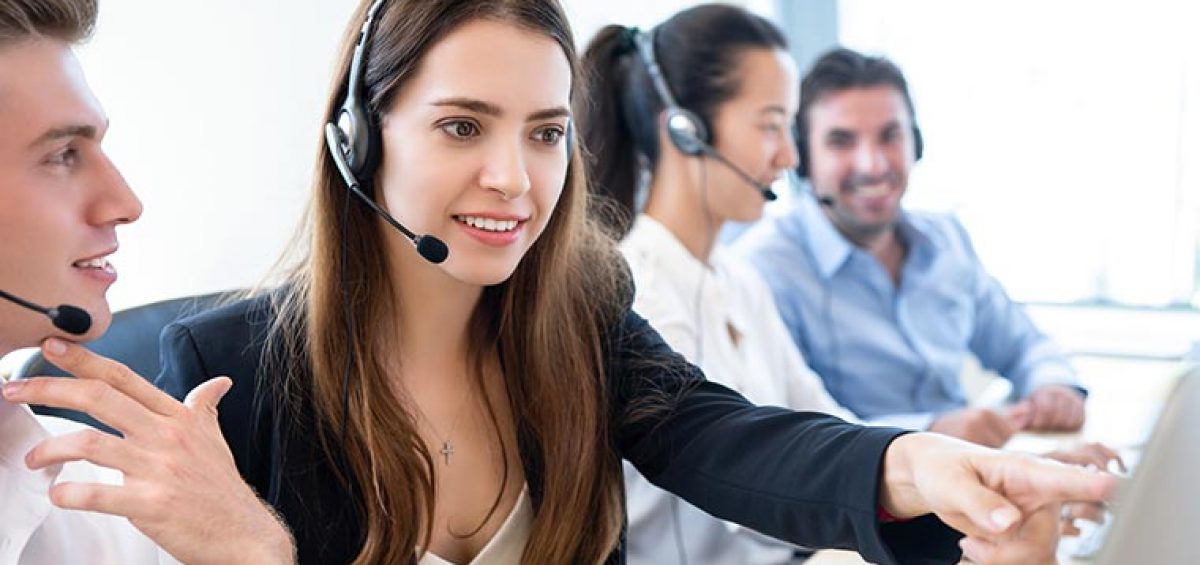 Customer service outsourcing vendor on call